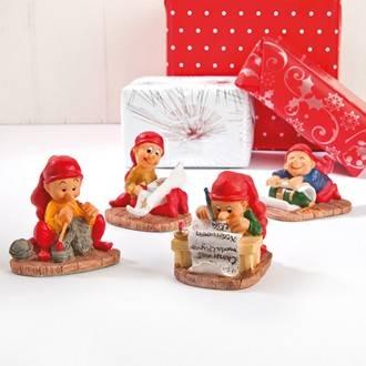 Drillenissernes juleværksted med 4 figurer