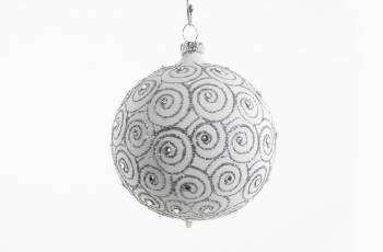 Hvid silkemat special juletræskugle med swarovski sten