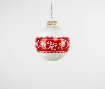 Hvide juletræskugler med honningkagemænd Ø 7 cm