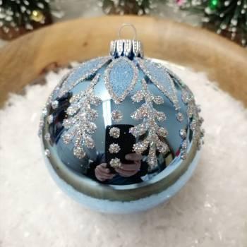 Lyseblå juletræskugle med deko Ø 8 cm