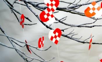 Røde og hvide hjerter guirlande