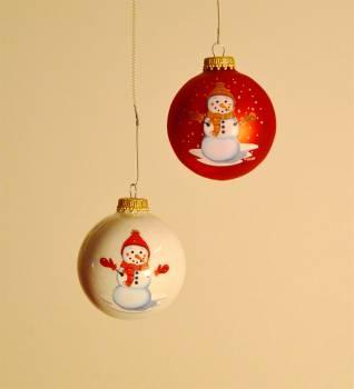 Røde og hvide snemands juletræskugler