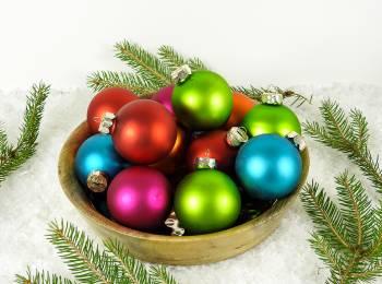 Silkematte multifarvet glas juletræskugler Ø 6 cm