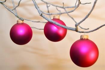 Silkematte pink juletræskugler Ø 6.7 cm