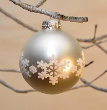 Silkematte sølvkugler med snefnug