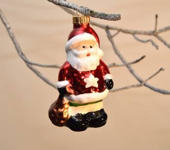 Smuk julemand med stjerne på maven