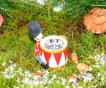 Tingelingelatter trommer fyrfads stage