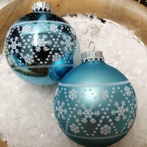Alpinblå juletræskugler med hvide snefnug Ø 7 cm